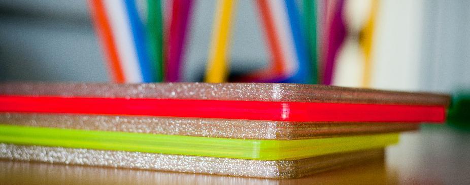 Купувам Пластмасови изделия, за обработка