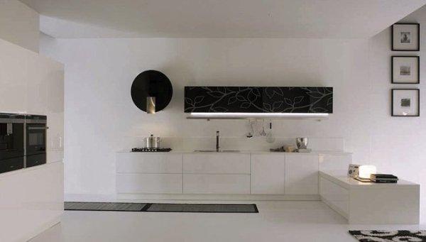 Купувам Кухня в бяло и черно МДФ