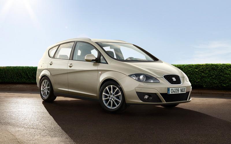 Купувам Автомобил SEAT Altea XL