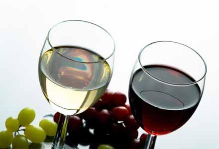 Купувам Наливно вино,високоалкохолни напитки