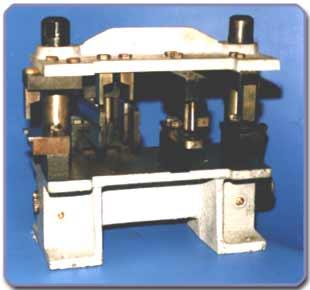 Купувам Ръчна преса за алуминиева дограма система Алумил отваряемо