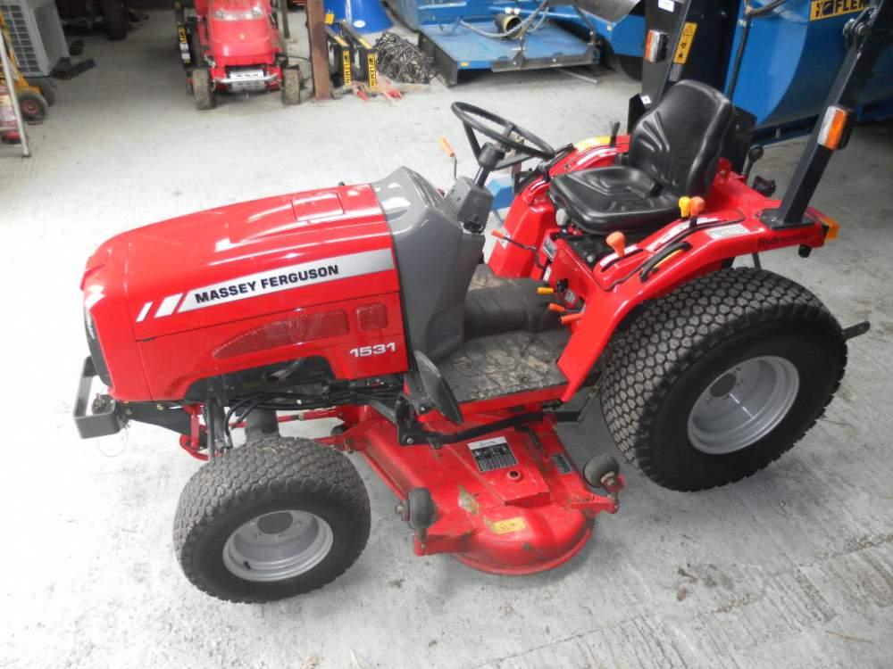 Купувам Трактор MASSEY FERGUSON - 1531 COMPACT TRACTOR