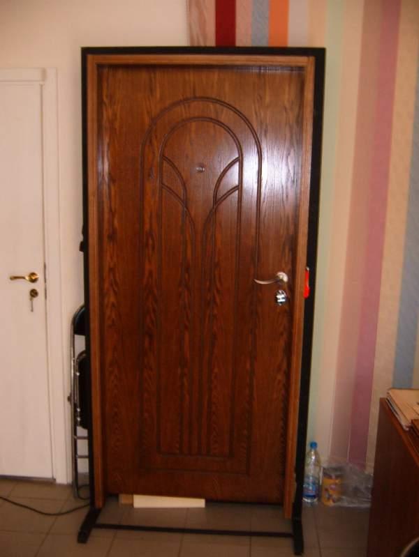 Купувам Метални врати за апартаменти