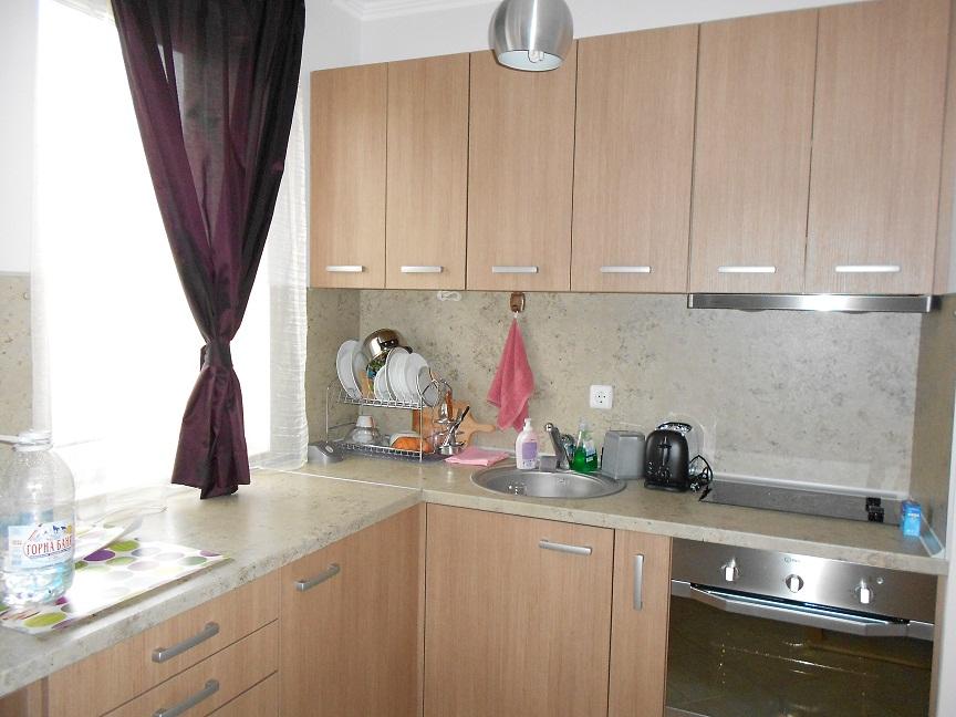 Купувам Обзаведен двустаен апартамент за продажба в Поморие