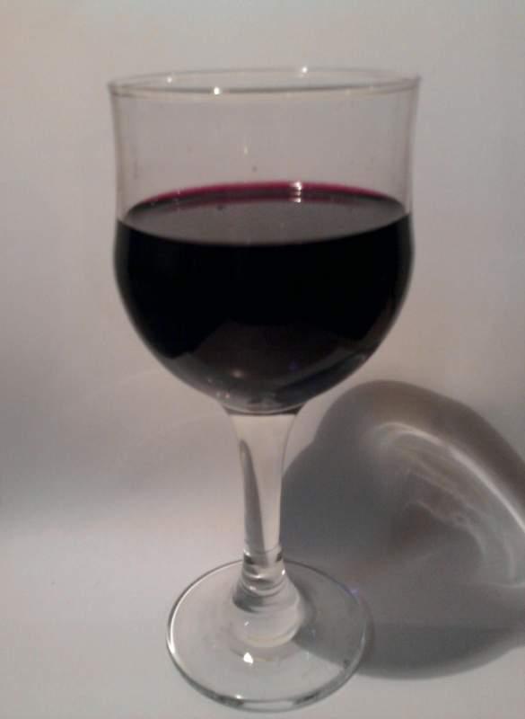 "Купувам Вино ""Мерло"" от биологично грозде."