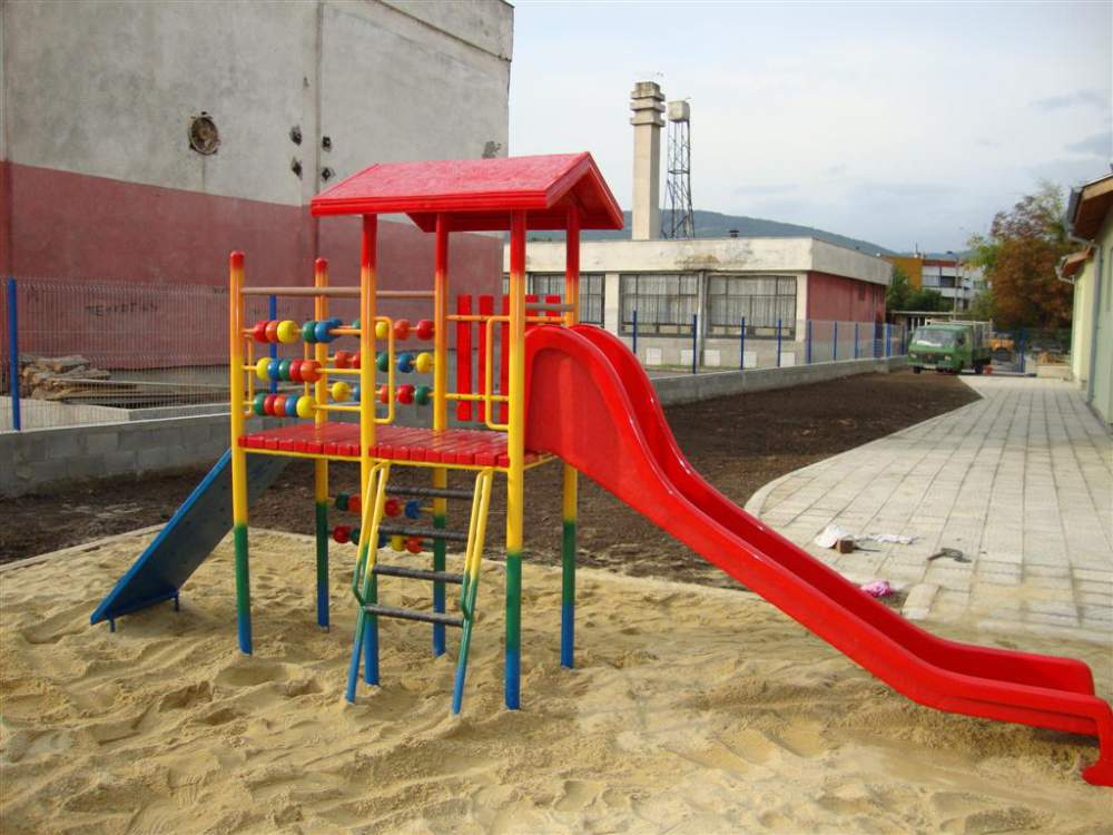 Купувам Изграждане на детски площадки