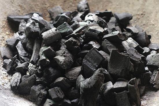 Купувам Въглища дървени - производство Бургас