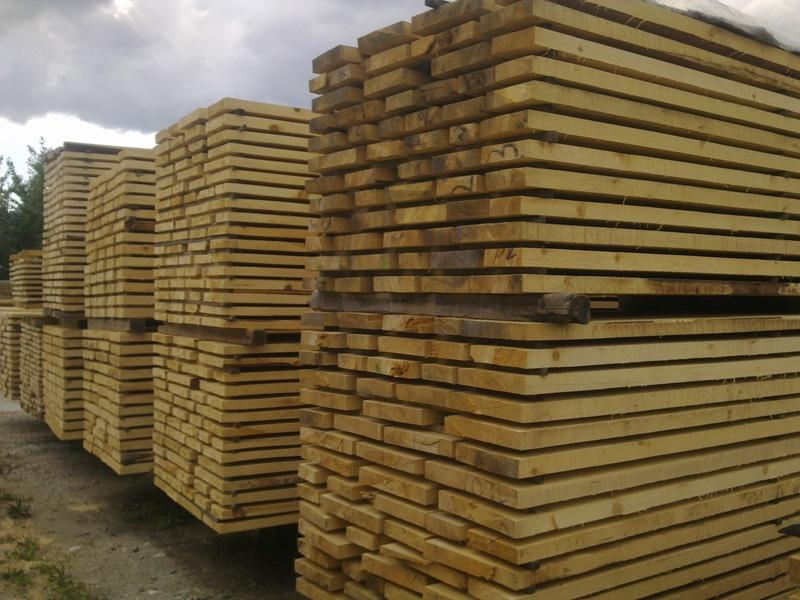 Купувам Иглолистен дървен материал