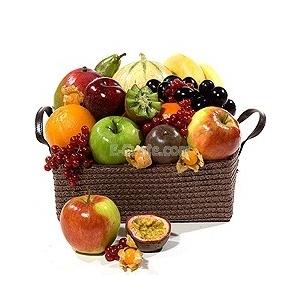 Купувам Кошница със Сезонни Плодове