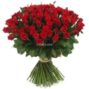 Купувам 101 Червени Рози