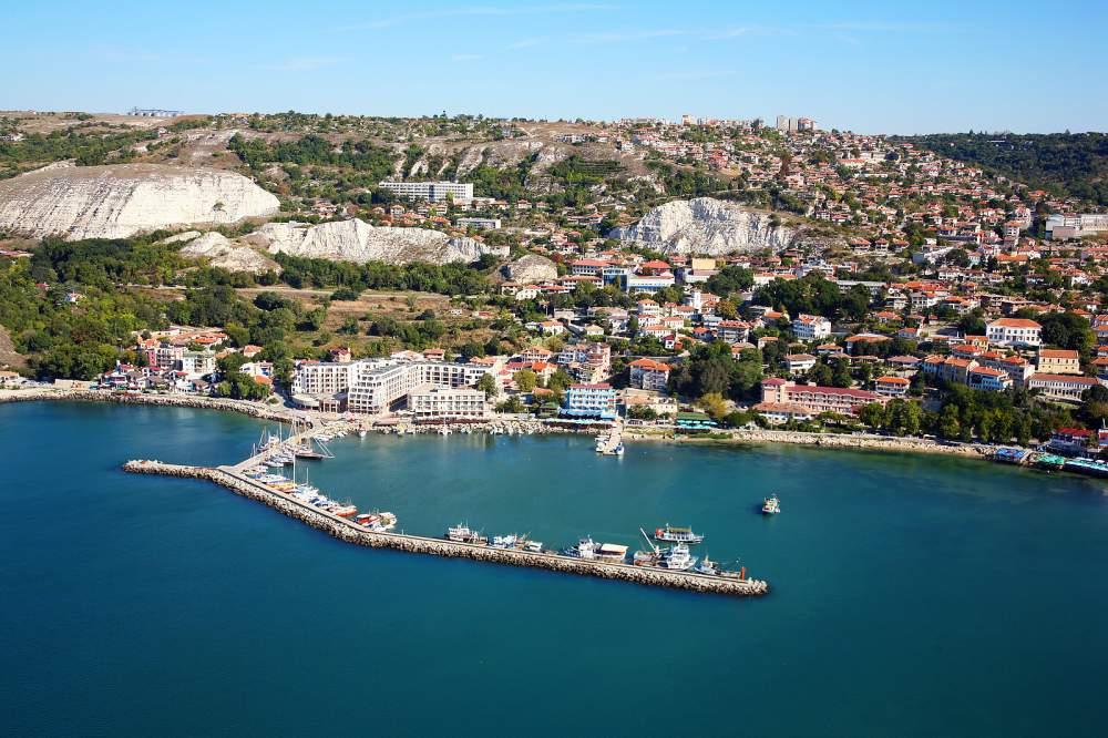 Купувам Продажба на недвижими имоти Почивна база в град Балчик