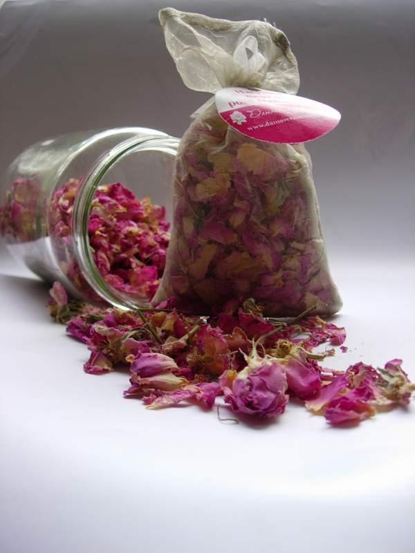 Купувам Изсушен цвят от роза Rosa Damascena