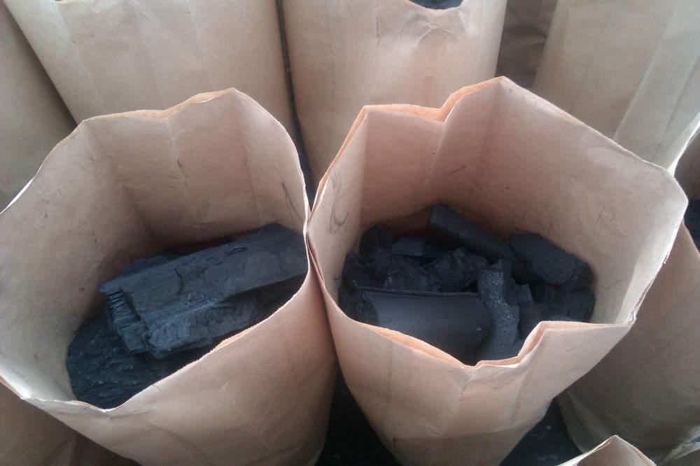 Купувам Дървени въглища (Charcoal)