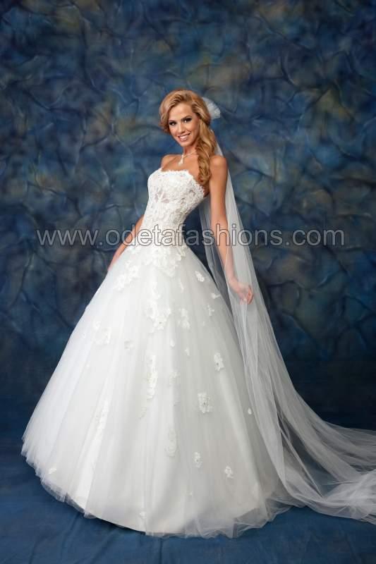 Купувам Сватбена рокля модел: 1406