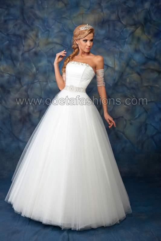 Купувам Сватбена рокля модел: 1405
