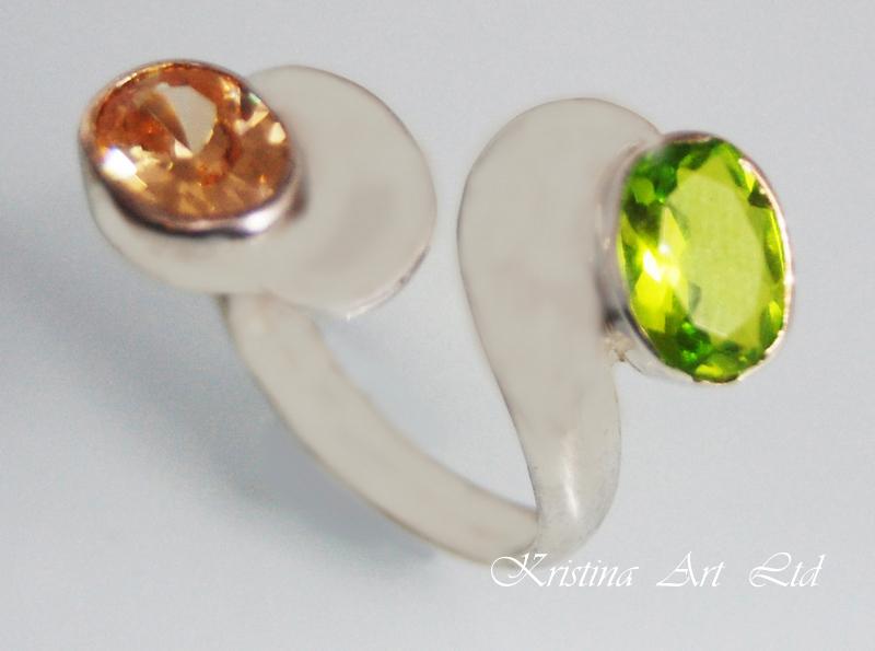 Купувам ПРОМОЦИЯ!Сребърен пръстен с многоцветни кристали Сваровски