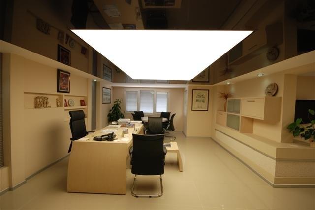 Купувам Строителство. Производство и монтаж на опънати тавани.