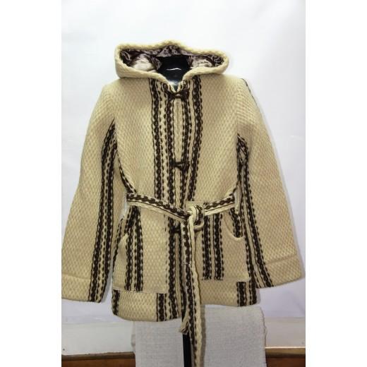 Купувам Палто с подплата от 100% ЕКО вълна, бяло, сиво,кафяво