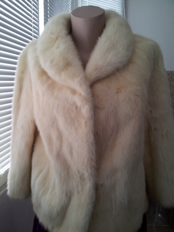 Купувам Real Fur Mink Coat