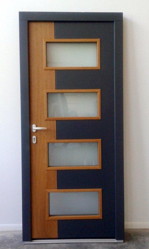 Купувам Входна дървена врата 01