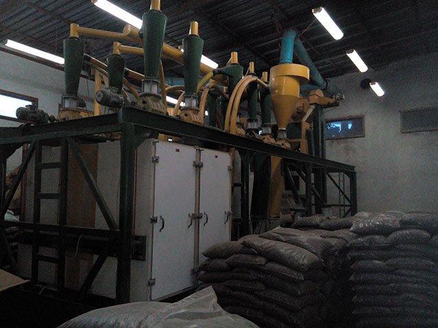 Купувам Промишлена мелница (воденица) за брашно Flour Mill Machine