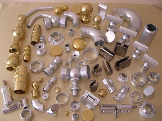 Купувам Елементи и профили за алуминиеви парапети