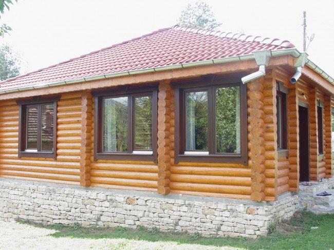 Купувам Дървени къщи от цилиндрични трупи