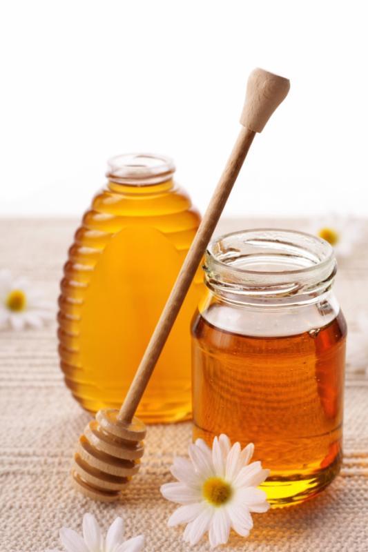 Купувам Пчелен мед, Букет със лешници