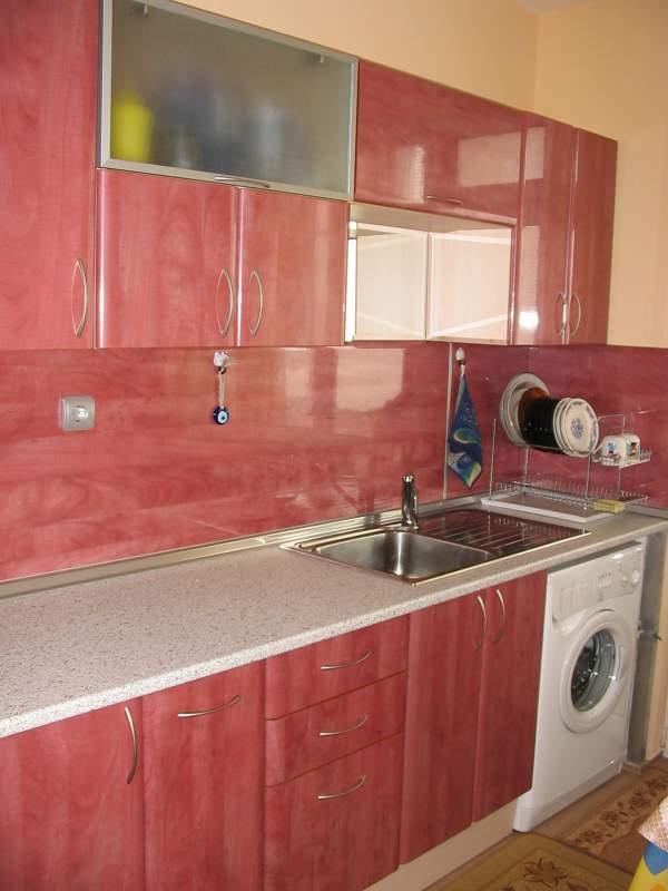 Купувам Кухня Розова (300 см)