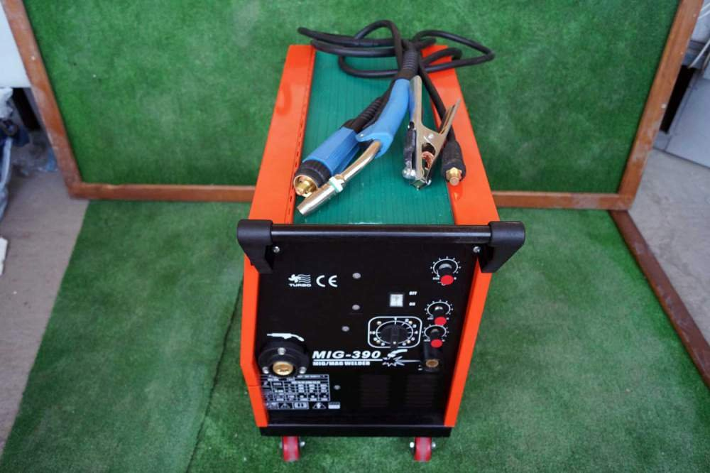 Купувам Телоподаващи CO2 апарати VITO-MIG 390