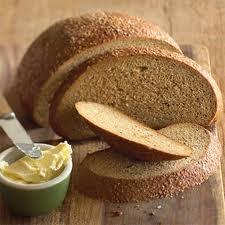 Хляб със сусам и слънчогледови семки