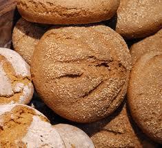 Бял пшеничен хляб