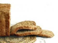 Хляб с ябълково пюре