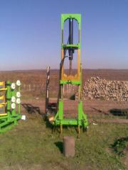 Equipment for piling and extraction of piles