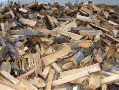 Дървен материал, изрезки, талпи, ламперия