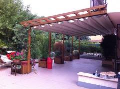 Дървени и метални конструкции с винилови покриви