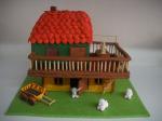 Стиропорена къща с декорация