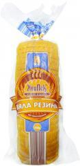 Нарязан бял хляб на филии