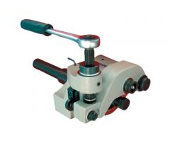 Adapters for diamond tools
