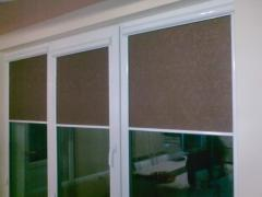 Bedroom rolling shutters