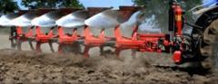 Прикачни машини за трактори, плугове