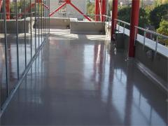 Floor self-levelling, polymeric