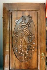 Врати дървени