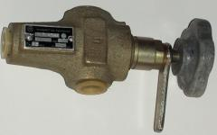 Regulating hydraulic valves
