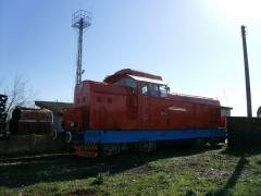 Diesel-powered locomotive of the broad gauge