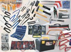Инструмент комплекти