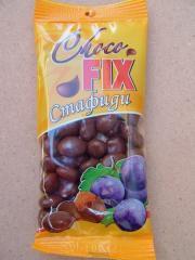 Raisins in chocolate