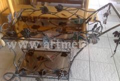 Маса декоративна от ковано желязо