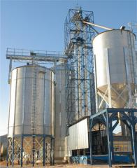 Metallic silos and silo farms