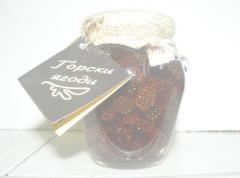 Домашно сладко от горски ягоди